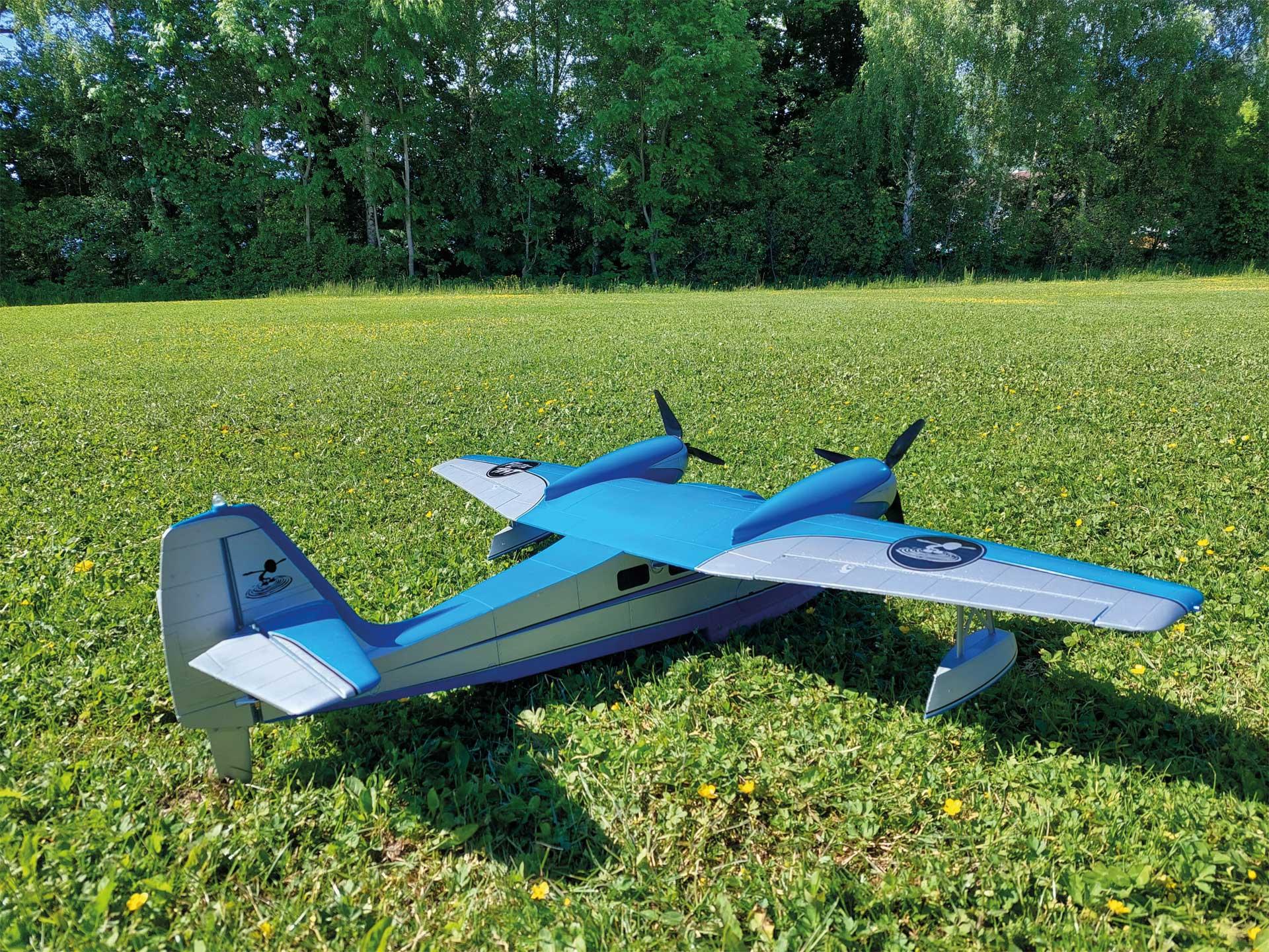 FLITE TEST Grumman G-44 Widgeon Wasserflugzeug PNP