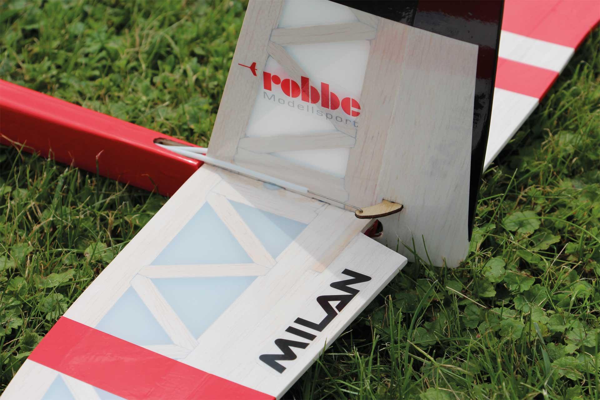 "Robbe Modellsport MILAN Laser Cut Holzbausatz ""Made in Germany"" Hochleistungs-Elektrosegler"