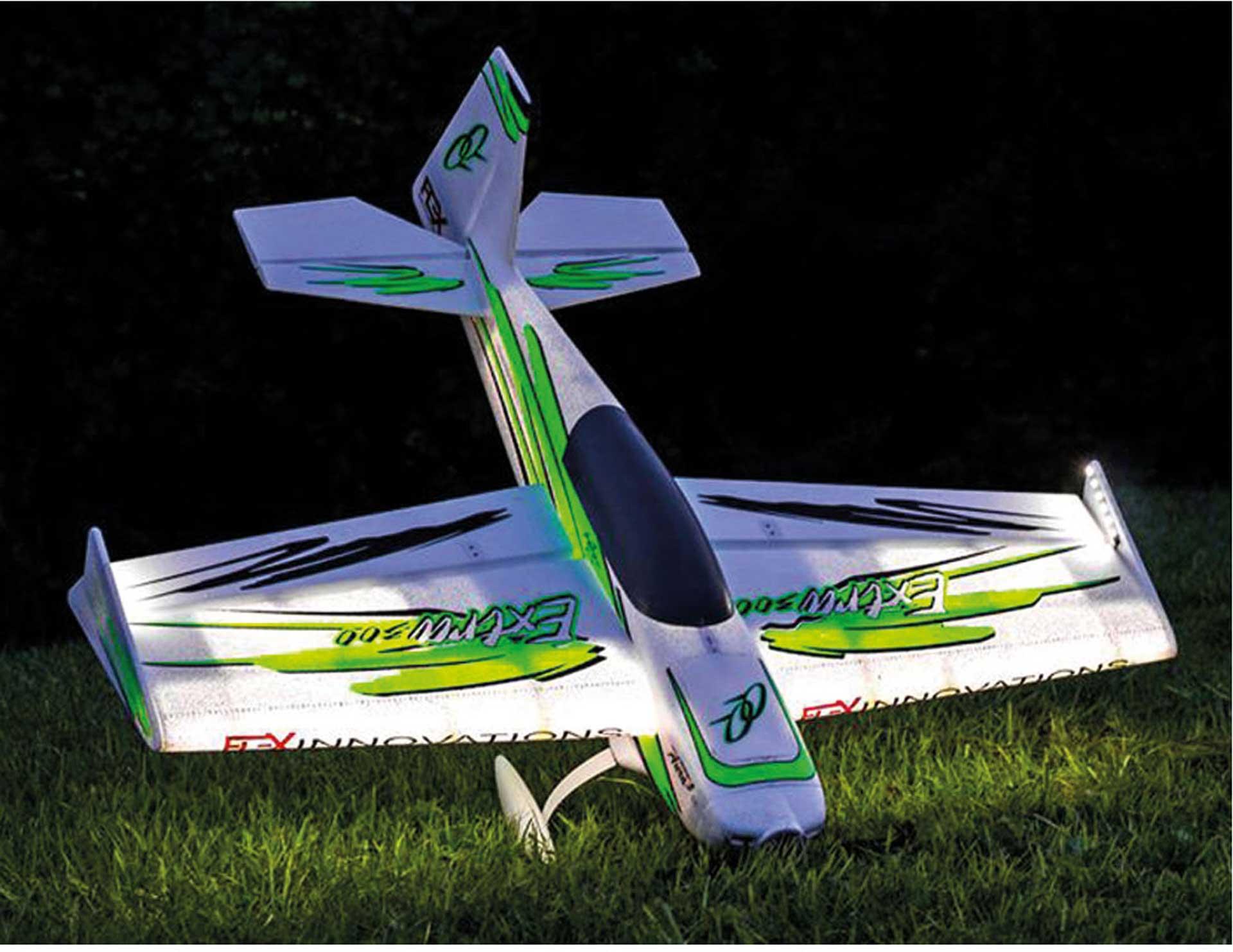 PREMIER AIRCRAFT QQ EXTRA 300 V2 GRÜN/SCHWARZ NIGHT SUPER PNP MIT LED BELEUCHTUNG UND AURA 8